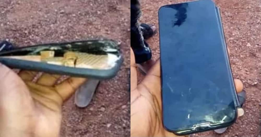 Man buys new phone on streets of Accra & finds wood inside upon getting home
