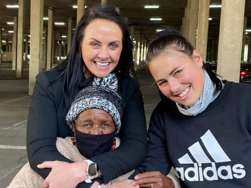 Mzansi celebrates 90-year-old gogo who helped raise 3 generations.