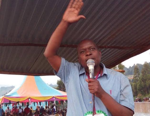 Borabu MP Ben Momanyi wants Uhuru empowered to fire his deputy