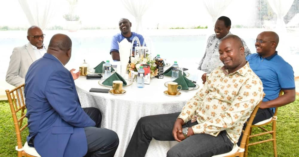 William Ruto Hosts Tanga Tanga Troops 2 Days after Losing BBI Vote in National Assembly