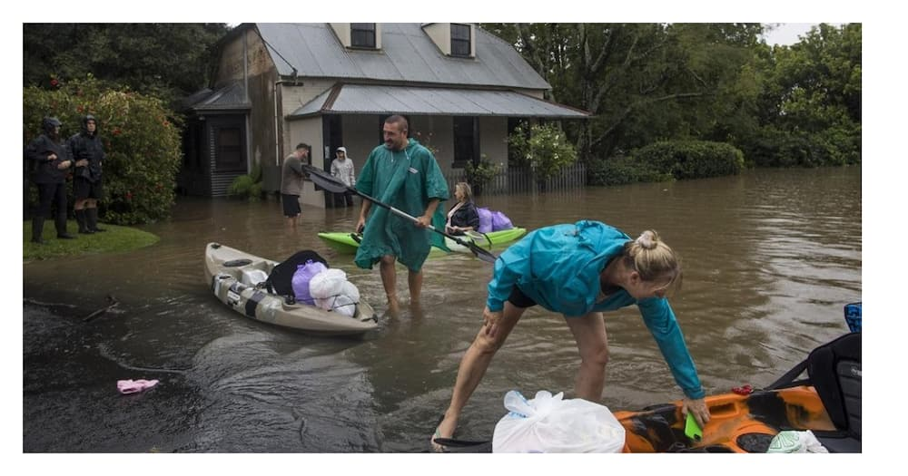 Australia Floods: 18,000 Evacuated as Floods Sweep Through New South Wales