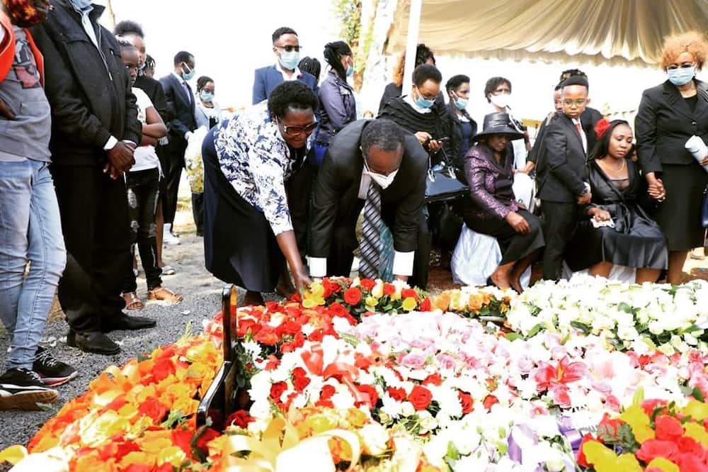 Jeff Koinange shares emotional photos from elder brother David Waiganjo's burial