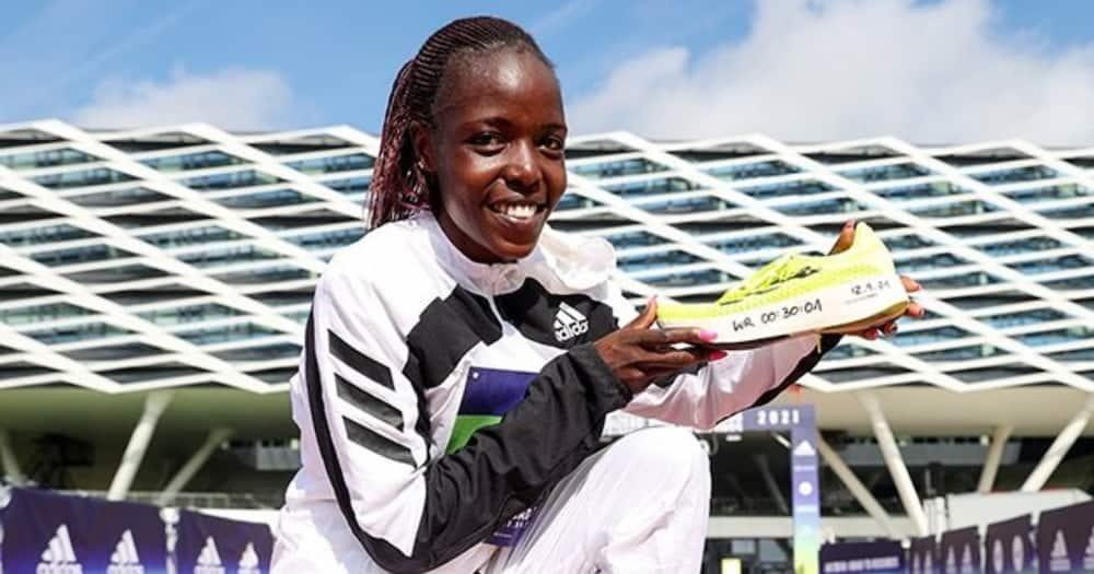 Agnes Tirop: Picha 7 Maridadi za Mareemu Binwa wa Mbio za Olimpiki