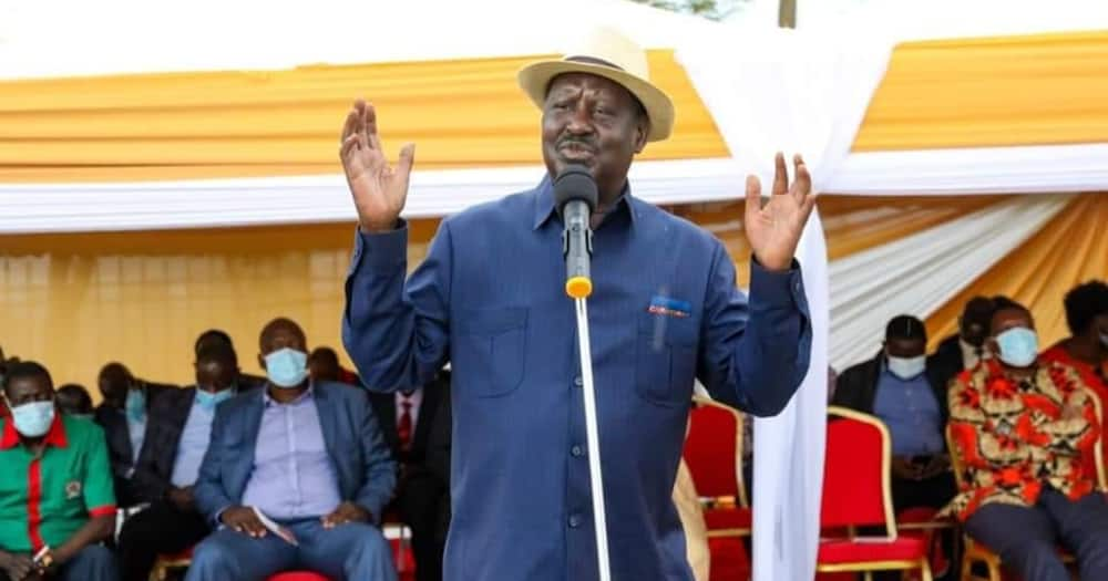 Raila says all presidents were hustlers, asks Ruto to sell his manifesto