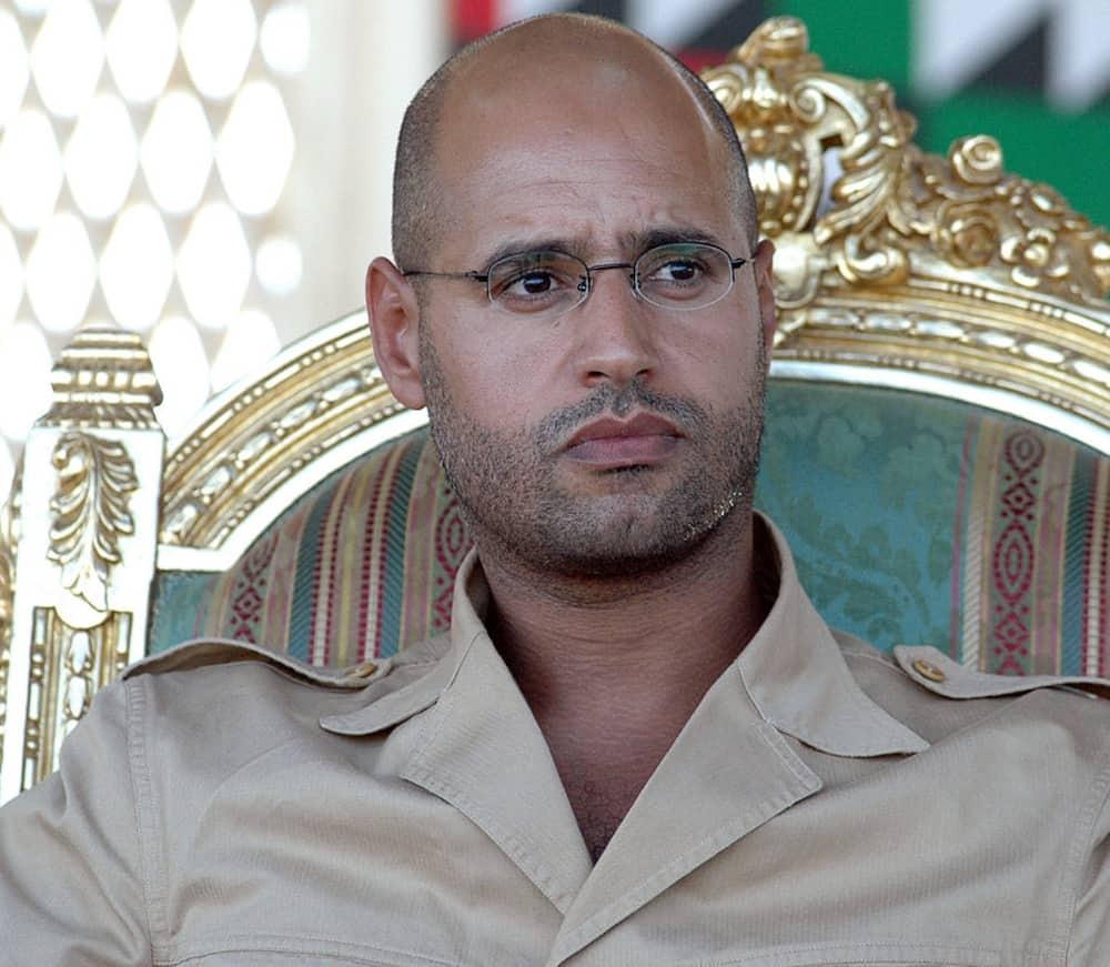 """Mwanawe Muamar Gaddafi Aliyedhaniwa Kufa """"Afufuka"""" na Kutangaza Kuwania Urais Libya"""