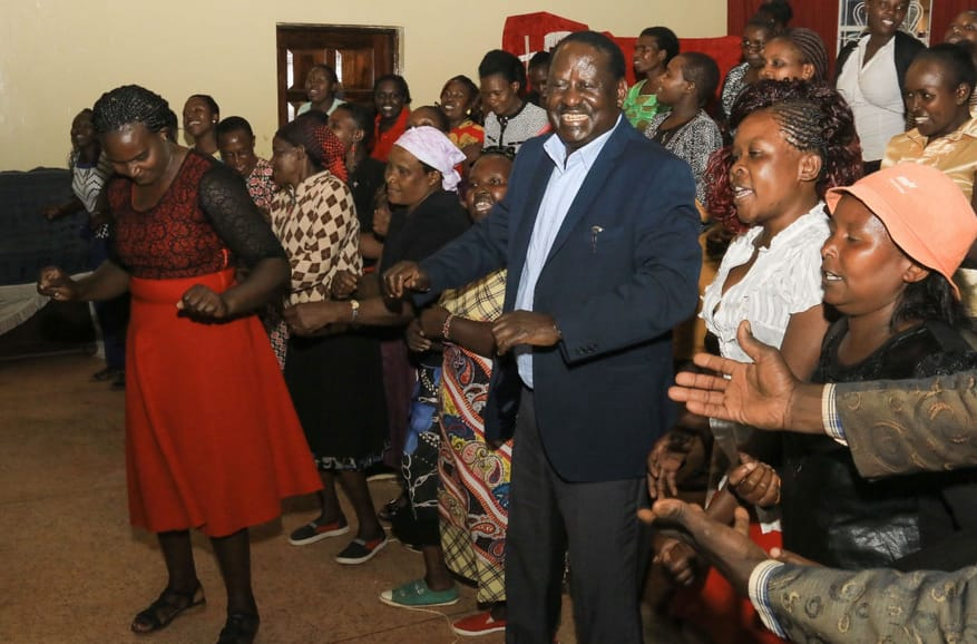 Raila asks Kalenjin leaders to let the corrupt carry their own cross