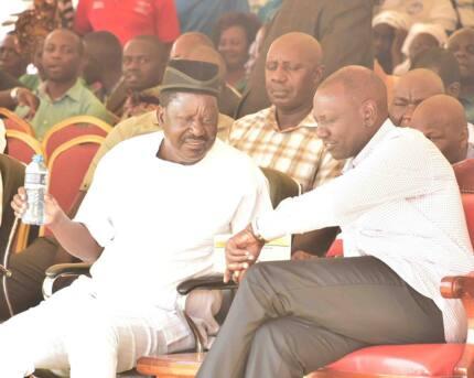 Ruto, Raila toss away differences, unite in preaching peace in Kisumu