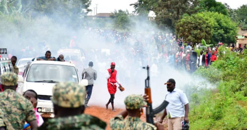 Uchaguzi: Vurumai yazuka kufuatia kukamatw akwa Bobi Wine