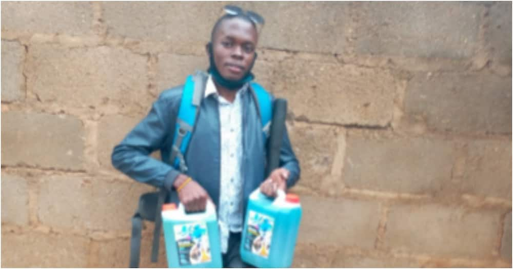 Real hustler: Young man disabled by polio inspires netizens by making and selling liquid soap