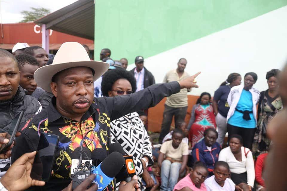 Governor Mike Sonko slaps goon sent by private developer to demolish school in Buruburu