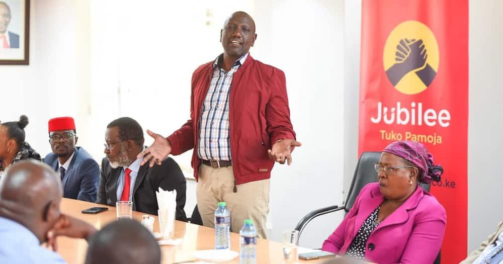 Magazeti ya Kenya Oktoba 2: DP Ruto avamia ofisi kuu za Jubilee huku marafiki wa Uhuru wakikaa kimya
