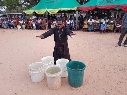 Pastor turns cold water into hot in Ebonyi