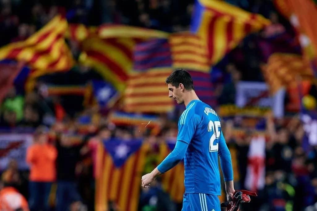 Chelsea fans mock Thibaut Courtois for conceding 5 goals against Barcelona