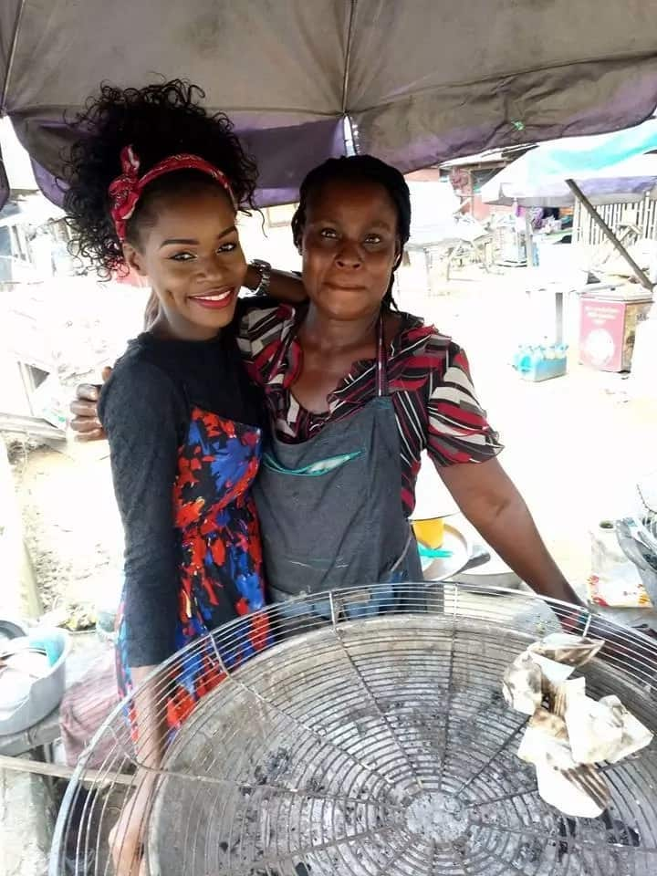 Nigerian lady graduates as a lawyer, goes back home to plantain seller mother (photos)
