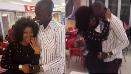 Man proposes to his girlfriend of 3 years at mall (photos)