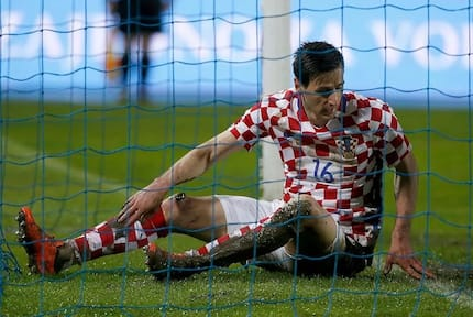 Croatian striker who got sent home from Russia for not playing refuses World Cup medal