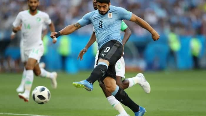 World Cup 2018: Suarez's goal hands Uruguay second round spot after overcoming Saudi Arabia